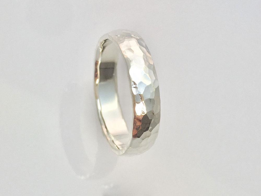槌目-指輪--かたい-絆-3