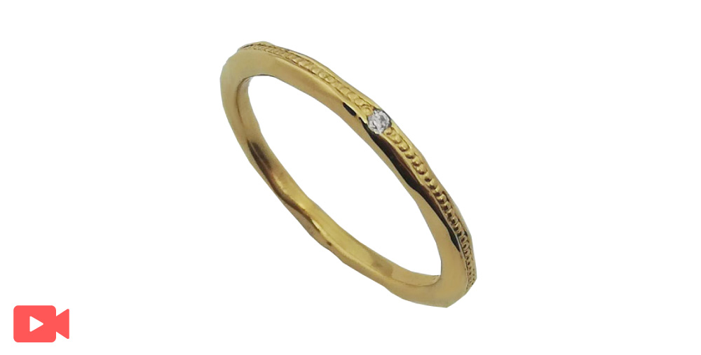 イエローゴールド結婚指輪石あり