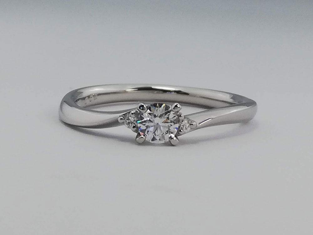 オリエント婚約指輪4