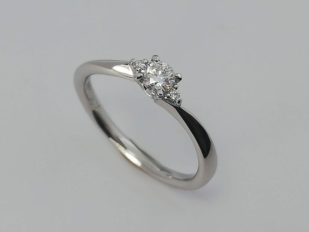 オリエント婚約指輪5